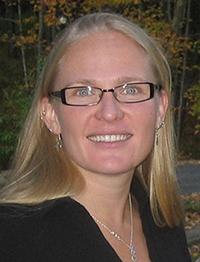 Kari Hoyt, LMT
