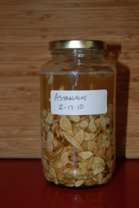 Astragalus with alcohol